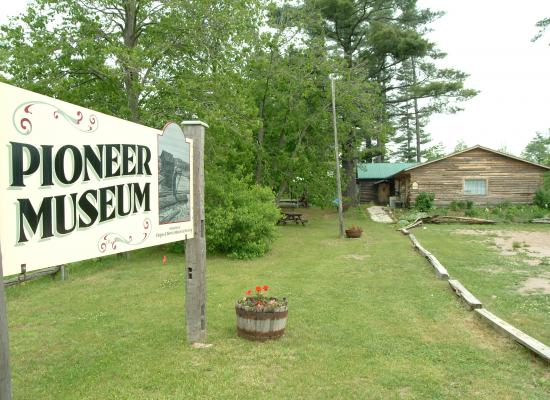 Cloyne Pioneer Museum and Archives